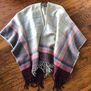 Abercrombie & Fitch poncho/wrap